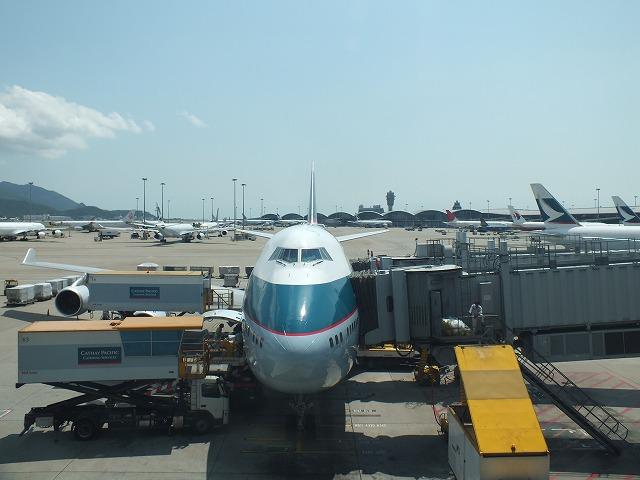香港国際空港 24