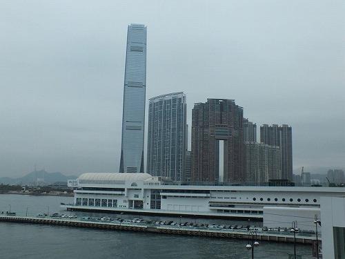 香港の九龍駅付近ユニオンスクエア