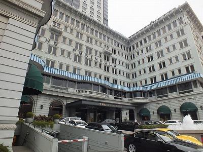 香港ペニンシュラホテルの正面