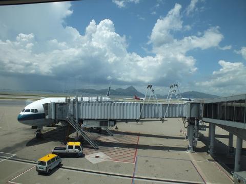 香港国際空港 14