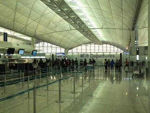 香港国際空港のチェックイン